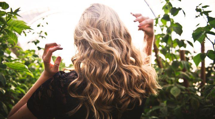 Perché scegliere prodotti naturali per la cura dei capelli